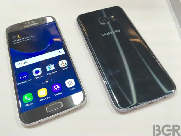mwc-2016-galaxy-s7-s7-edge-hands-on-4